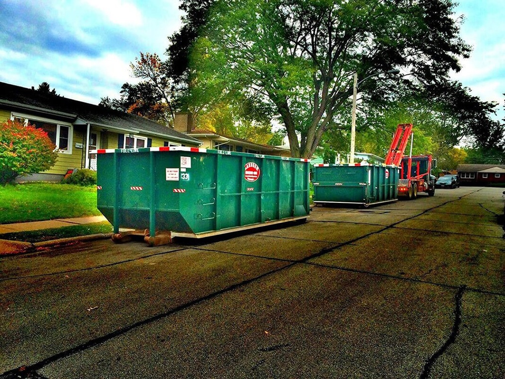 Commercial Dumpster rental services-Bakersfield Dumpster Rental & Junk Removal Services-We Offer Residential and Commercial Dumpster Removal Services, Portable Toilet Services, Dumpster Rentals, Bulk Trash, Demolition Removal, Junk Hauling, Rubbish Removal, Waste Containers, Debris Removal, 20 & 30 Yard Container Rentals, and much more!