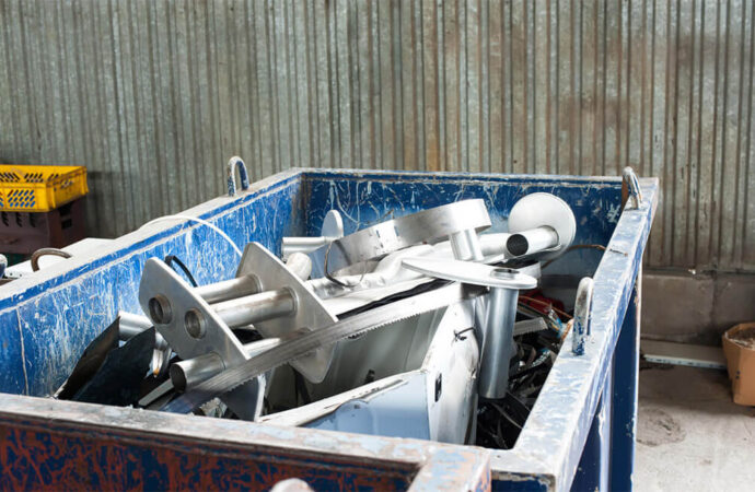 Commercial Junk Removal-Bakersfield Dumpster Rental & Junk Removal Services-We Offer Residential and Commercial Dumpster Removal Services, Portable Toilet Services, Dumpster Rentals, Bulk Trash, Demolition Removal, Junk Hauling, Rubbish Removal, Waste Containers, Debris Removal, 20 & 30 Yard Container Rentals, and much more!