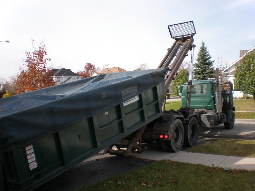 Residential Dumpster Rental - Bakersfield Dumpster Rental & Junk Removal Services-We Offer Residential and Commercial Dumpster Removal Services, Portable Toilet Services, Dumpster Rentals, Bulk Trash, Demolition Removal, Junk Hauling, Rubbish Removal, Waste Containers, Debris Removal, 20 & 30 Yard Container Rentals, and much more!
