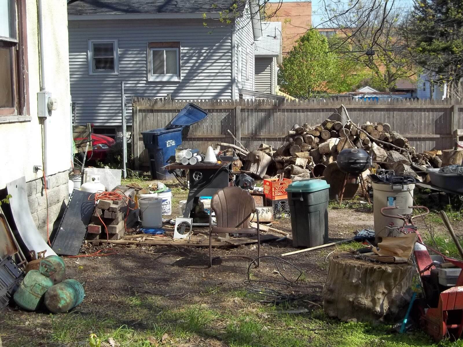 Residential Junk Removal-Bakersfield Dumpster Rental & Junk Removal Services-We Offer Residential and Commercial Dumpster Removal Services, Portable Toilet Services, Dumpster Rentals, Bulk Trash, Demolition Removal, Junk Hauling, Rubbish Removal, Waste Containers, Debris Removal, 20 & 30 Yard Container Rentals, and much more!