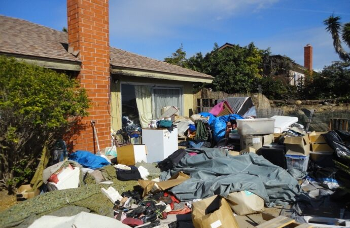 Edison-Bakersfield Dumpster Rental & Junk Removal Services-We Offer Residential and Commercial Dumpster Removal Services, Portable Toilet Services, Dumpster Rentals, Bulk Trash, Demolition Removal, Junk Hauling, Rubbish Removal, Waste Containers, Debris Removal, 20 & 30 Yard Container Rentals, and much more!